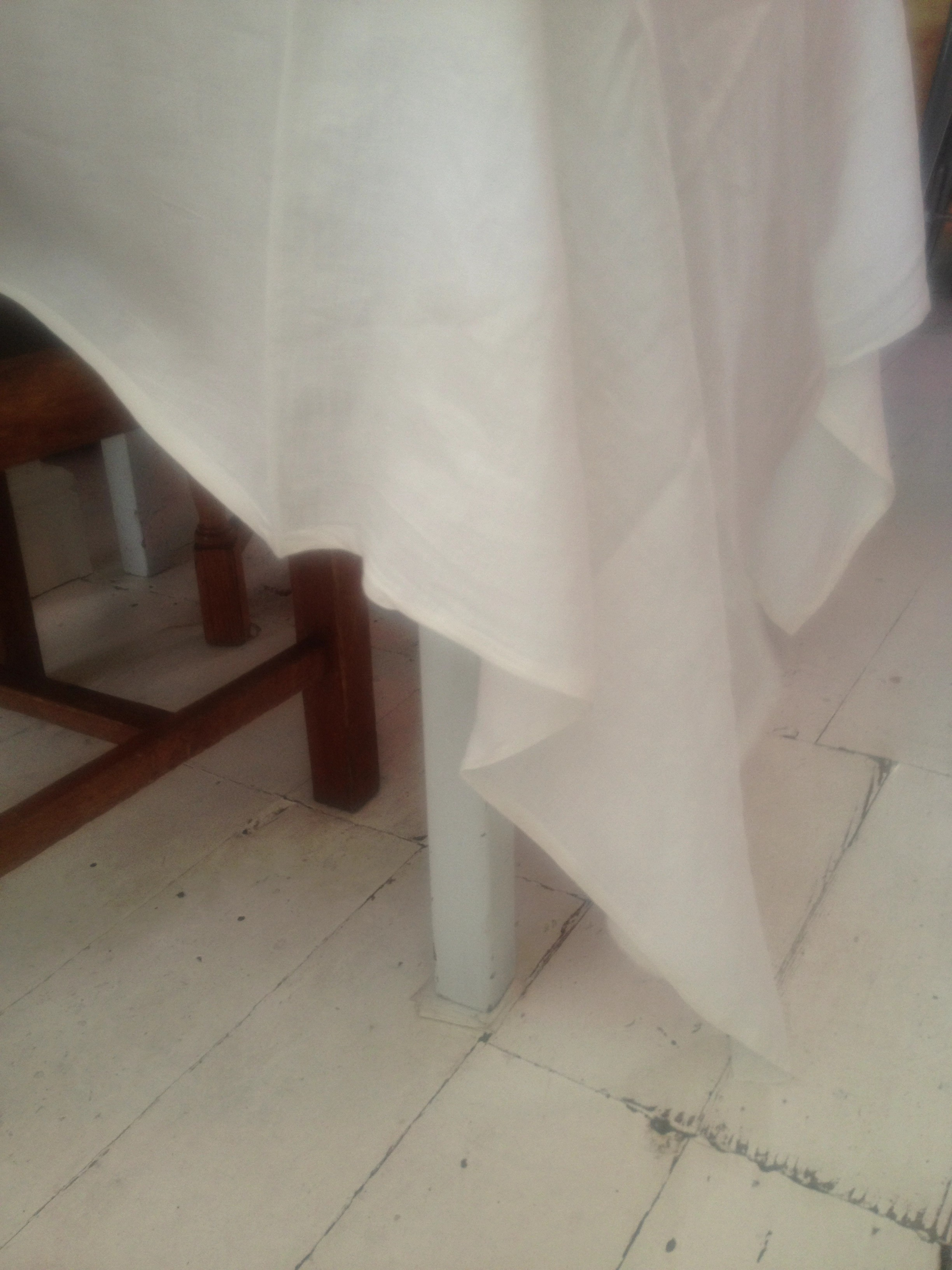 Things to improve your life #8 A soft linen tablecloth